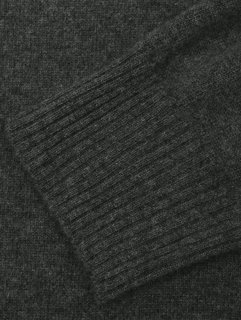 Джемпер из шерсти - Деталь1