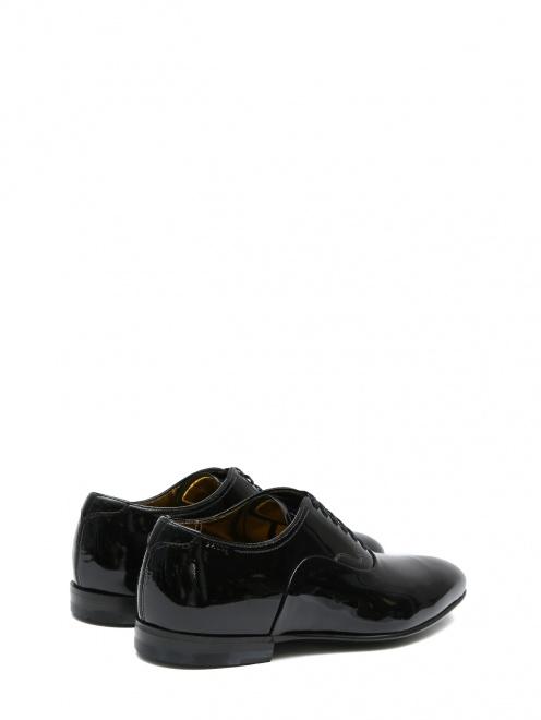 Туфли из лаковой кожи на шнурках - Обтравка2
