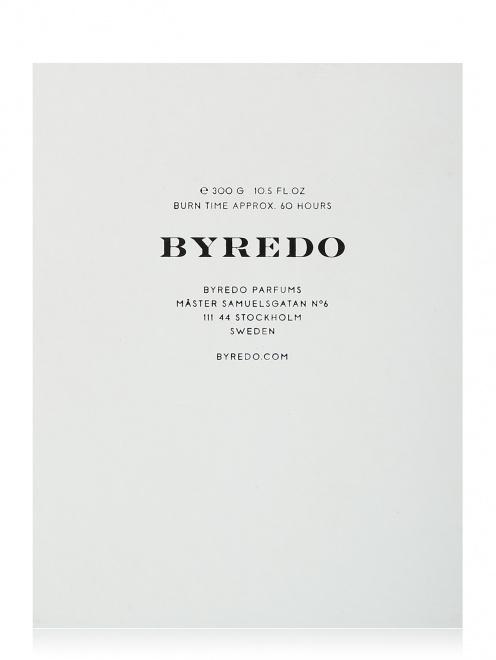 Свеча 300 г Vanquish Candles Byredo - Общий вид