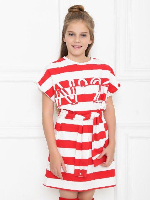 Платье трикотажное в широкую полоску - МодельВерхНиз